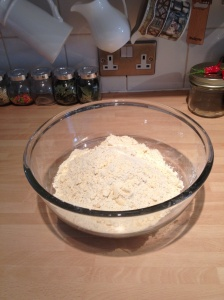 The pastry mixture should resemble breadcrumbs